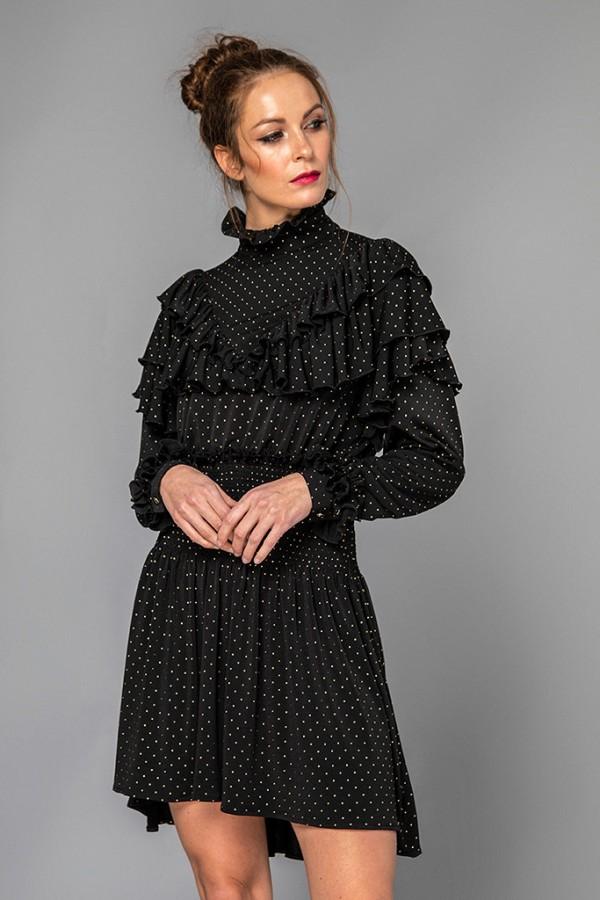 Vestido negro tachas
